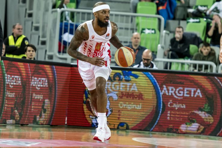 EL: Zvezda defeated on the road in Barcelona