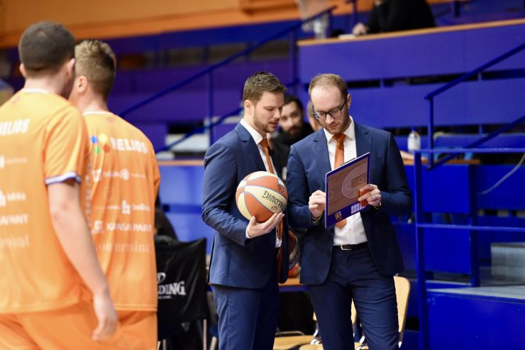 Helios Suns and Adrian Hirschmann have agreed on extension of cooperation