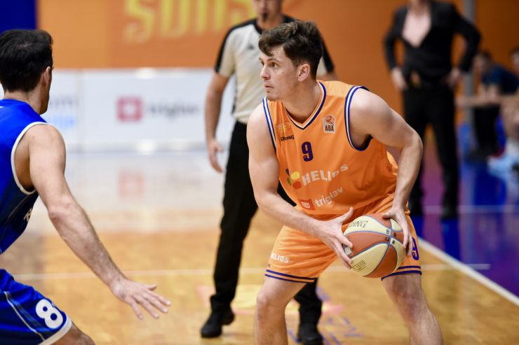 Aljaž Bratec is staying with the Helios Suns