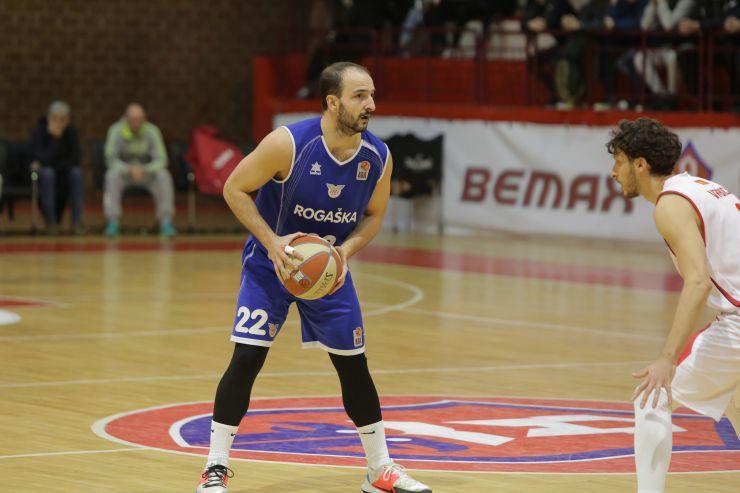 Daniel Vujasinović is the first newcomer at the Helios Suns