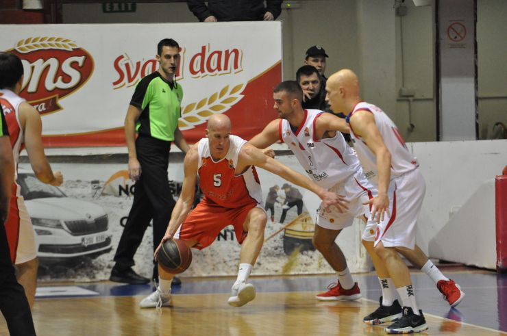 Borac grab important win over Lovćen 1947