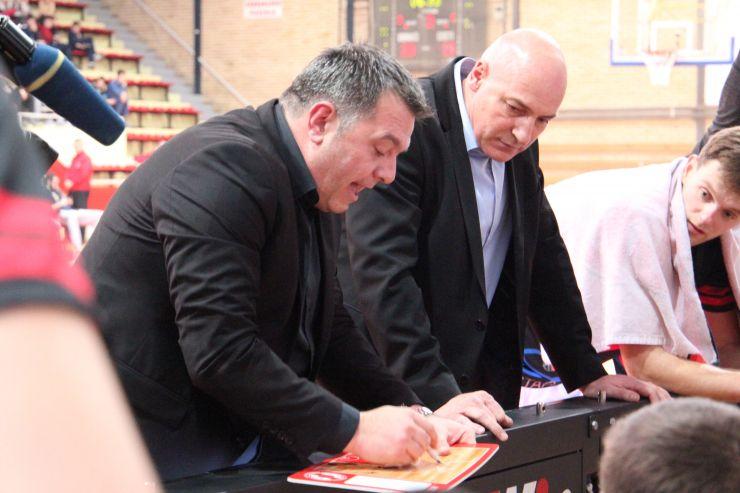 Zrinjski extend contract with head coach Vlašić