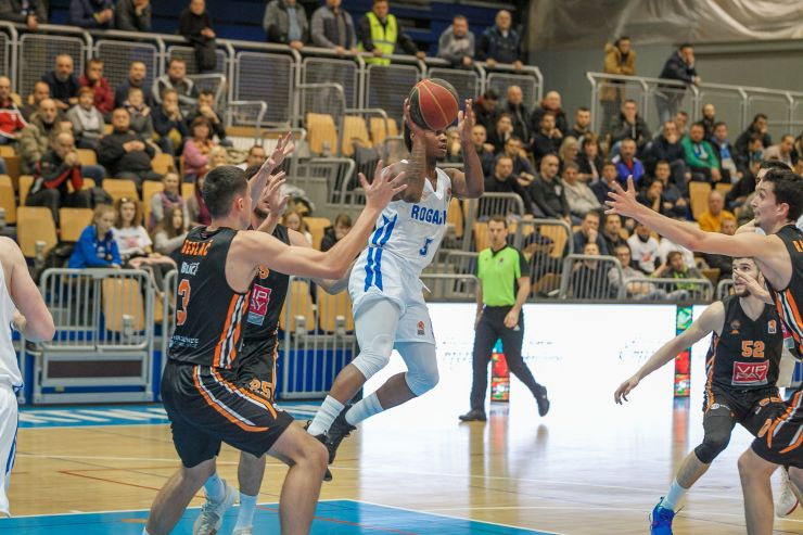 Dynamic stay in the Playoffs race after beating Rogaška