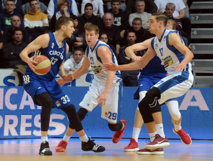 National Championships: Cibona advance to the Finals