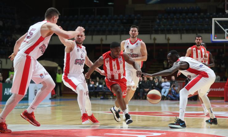 Play of the day: Joe & Mo connection works perfectly for Crvena zvezda mts
