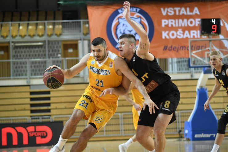 Sixt Primorska win the derby against Split and keep the perfect score